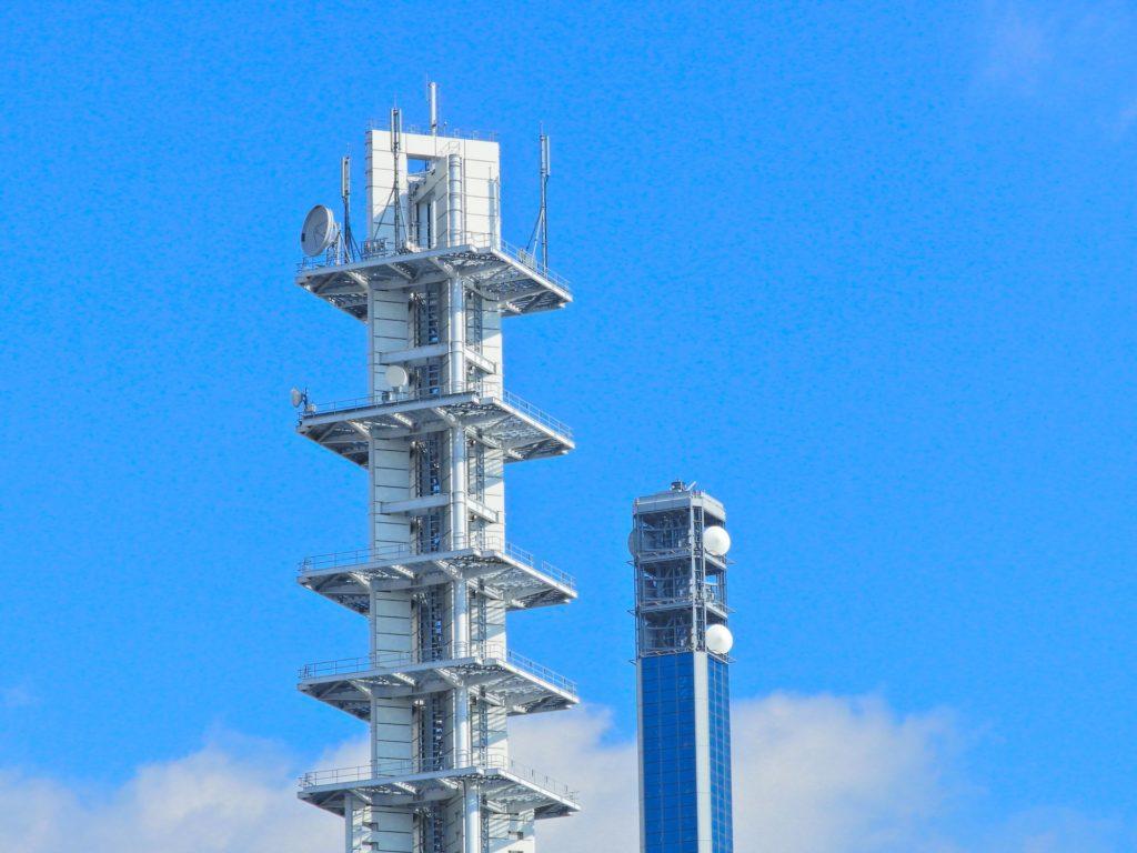 携帯電話の電波塔