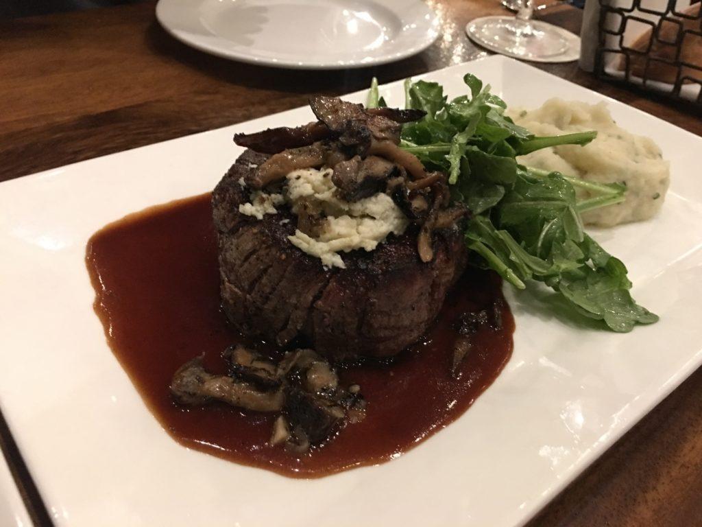 Tony's of Lexingtonのステーキ